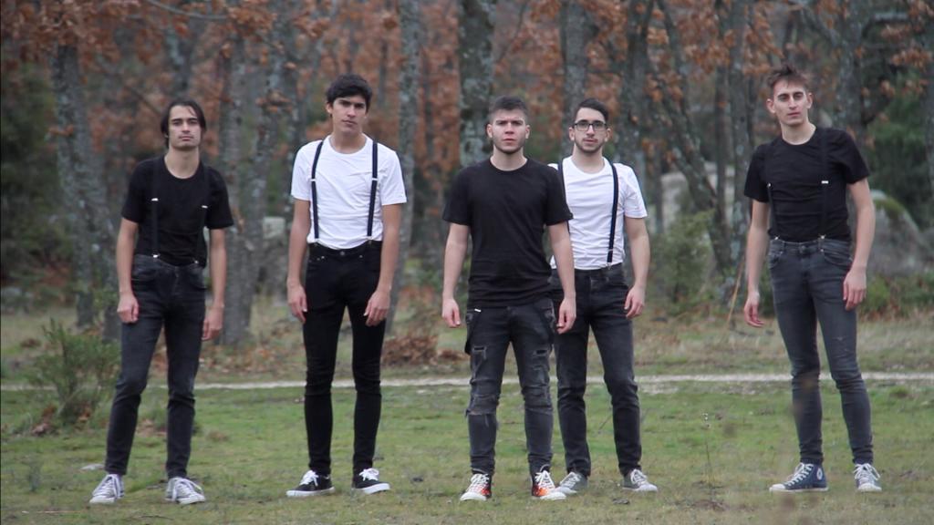 De izquierda a derecha. Cone, Mota, Edu, Santi y Aris.