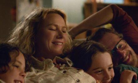 """Crítica """"La familia Bloom"""", el nuevo drama protagonizado por Naomi Watts"""
